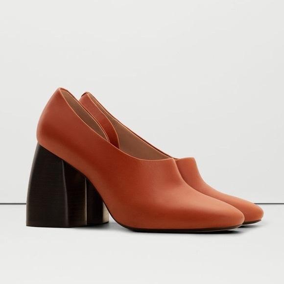 01b4b7add022 BLOGGER FAVORITE Mango block cognac leather heels